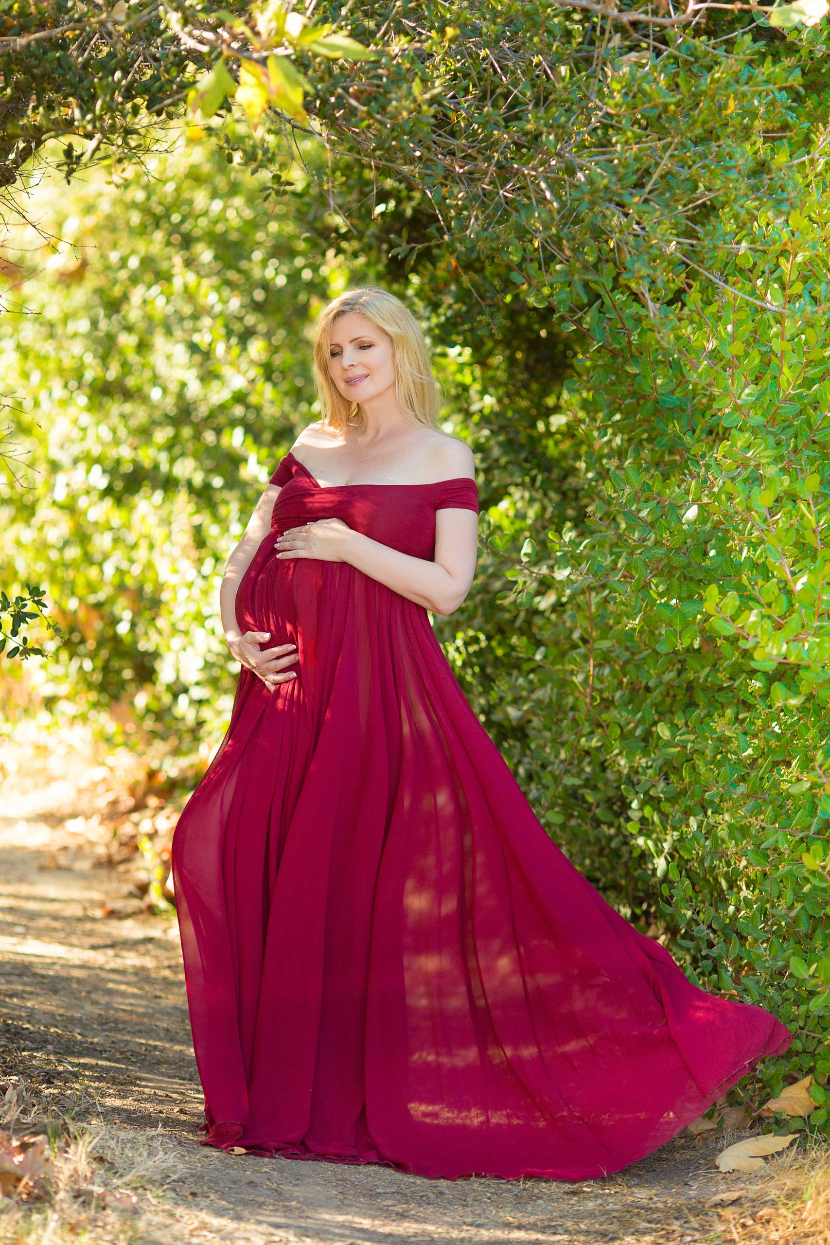 Maternity photos taken by Ramina Magid Photography in Malibu