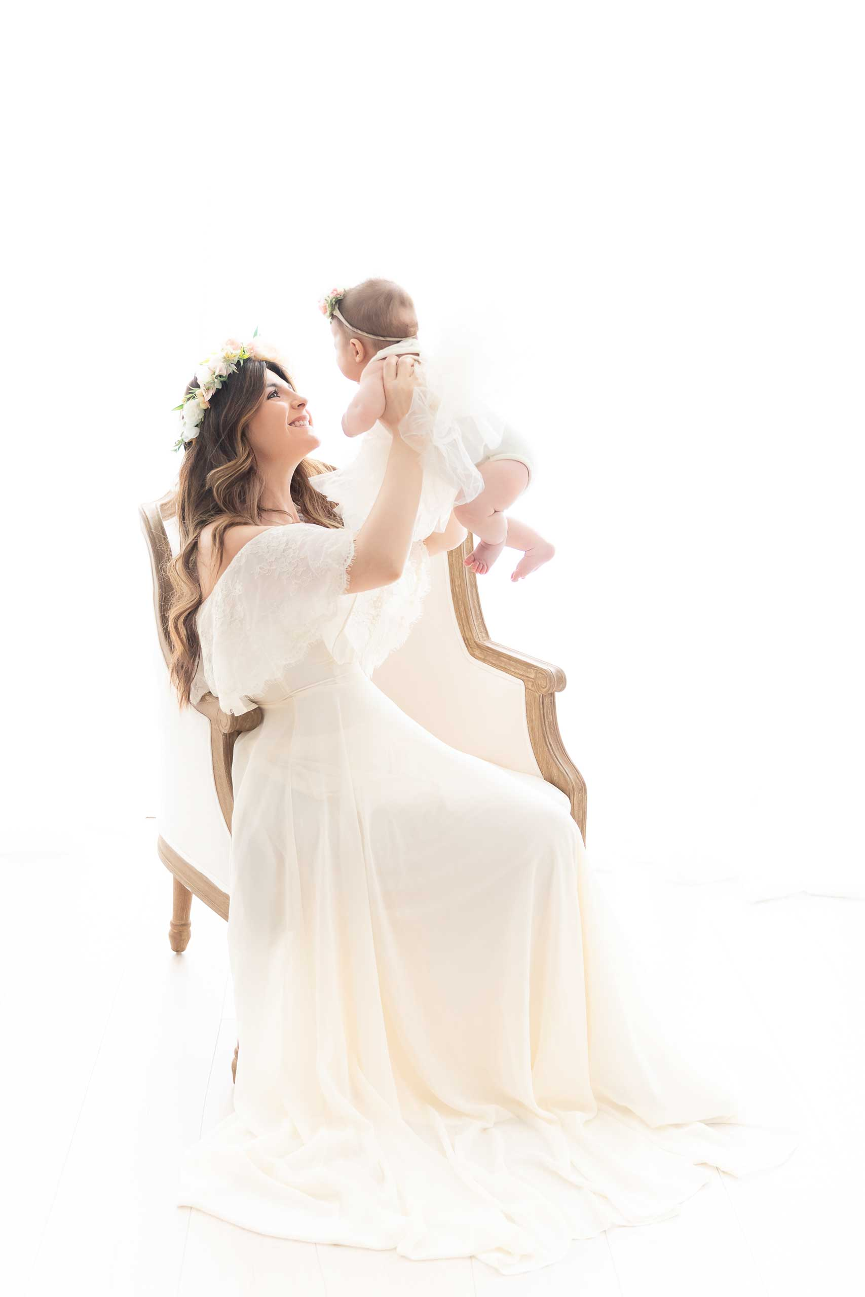 baby newborn and mommy photograph taken in Los Angeles by Ramina Magid Photography