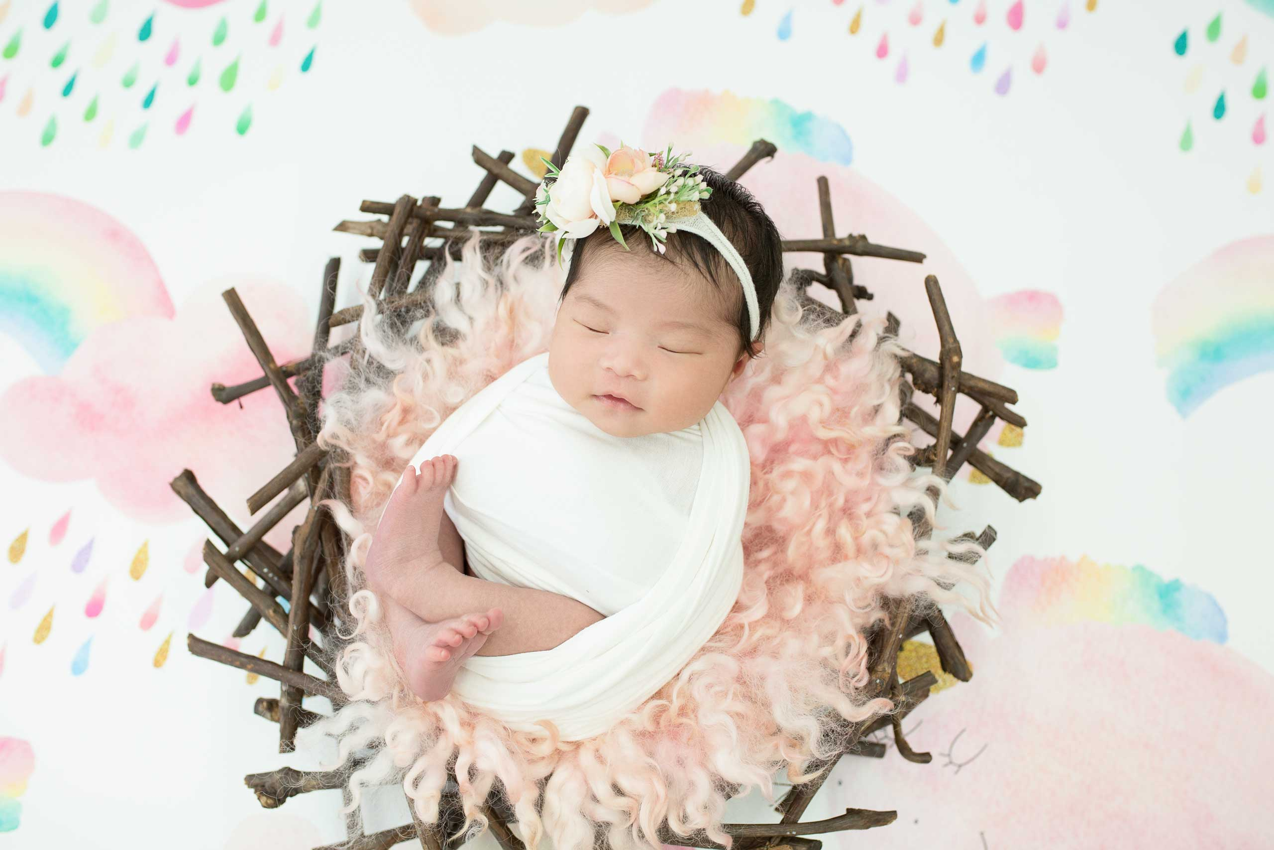 newborn photo session taken by Ramina Magid Photography in Los Angeles 3939
