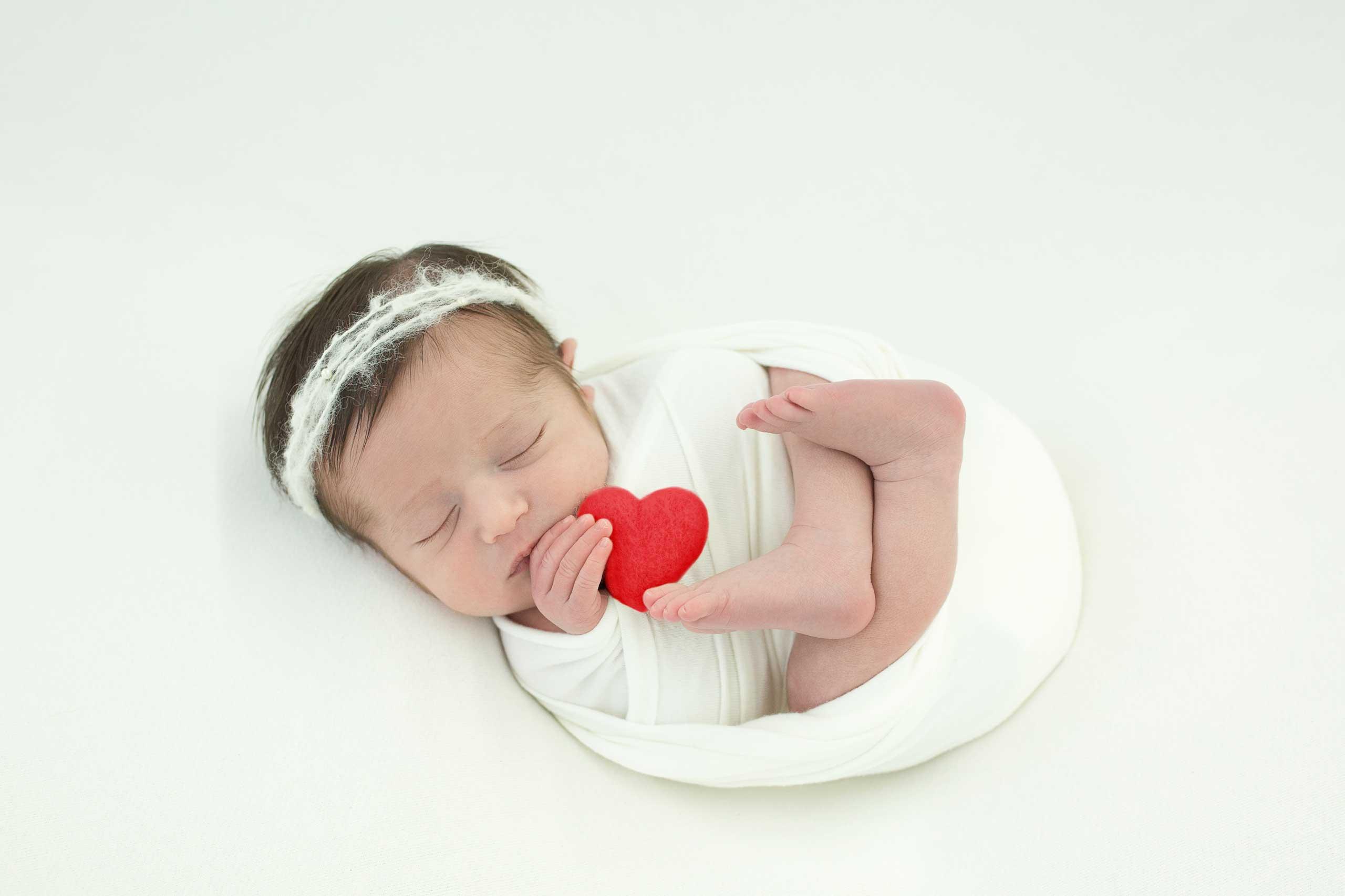 Ramina Magid newborn photography los angeles 43222